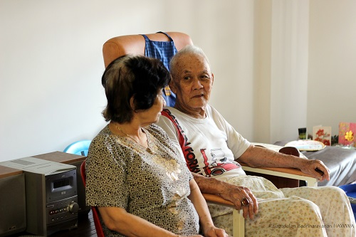 Developing cooperative relationships in caregiving