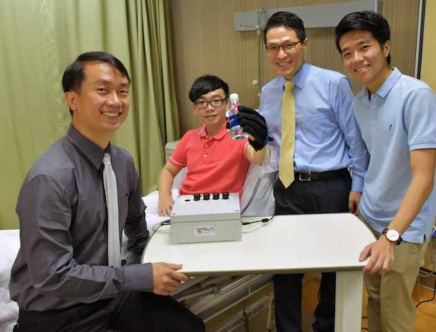 Robotic glove helps patients to restore hand movements