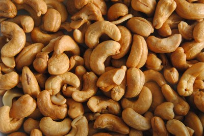 Cashews may have fewer calories than previously thought