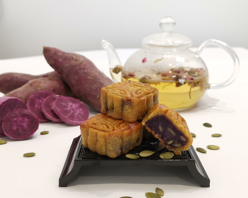 How to enjoy your mooncakes more healthily